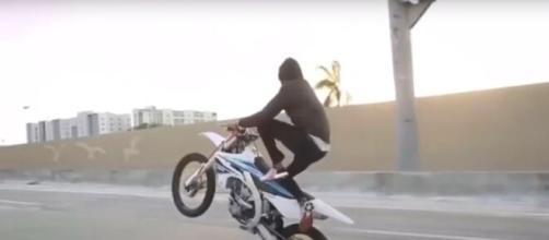 Rodeo Sauvage à Lyon il renverse un enfant de 5 ans - photo capture d'écran YouTube