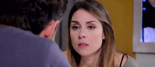 Un posto al sole, Serena (Miriam Candurro) intenta a discutere con Leonardo (Erik Tonelli).