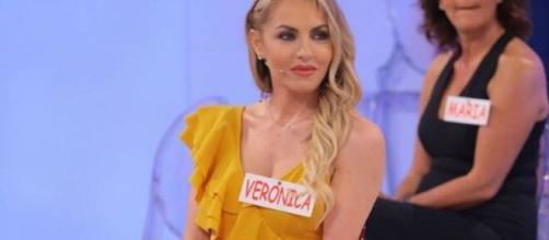 Veronica Ursida si sfoga su Instagram: 'La pagherete tutti quanti'.