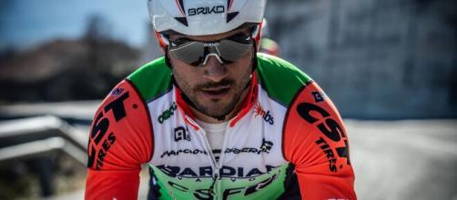 Andrea Guardini si sta preparando alla ripartenza del ciclismo con i chetoni.