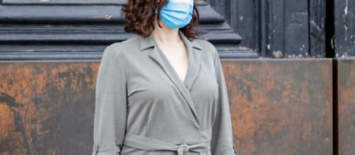 Críticas a Isabel Díaz Ayuso por la gestión del coronavirus