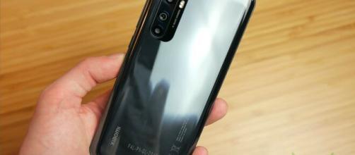 Recensione Xiaomi Mi Note 10 Lite: fotocamera, design e batteria.