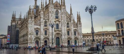 Trans é assassinada com 50 facadas em Milão. (Reprodução/Pixabay)