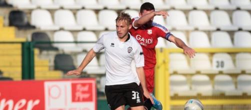 Possibile interessamento di Crotone e Pescara per Alessandro Carosso.