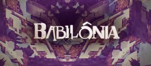 'Babilônia' foi exibida no horário das 21h. (Reprodução/TV Globo)