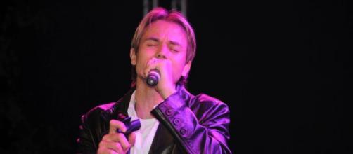 Cantor gospel Chris Durán tem várias músicas de sucesso. (Arquivo Blasting News)