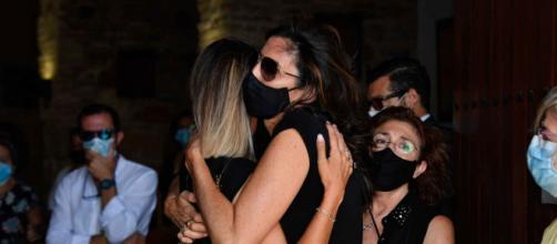 Paz Padilla, abatida en el entierro de su marido, Antonio Juan Vidal. - elespanol.com