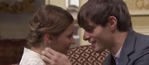 Spoiler Una vita: Cinta vuole rendere pubblica la relazione con Emilio.