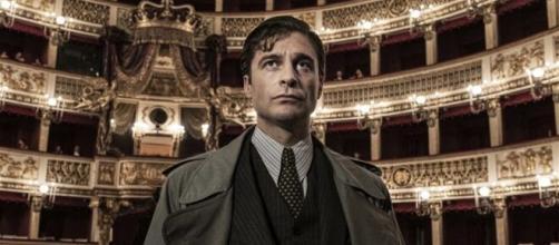 Lino Guanciale nella nuova serie Tv, Il commissario Ricciardi.