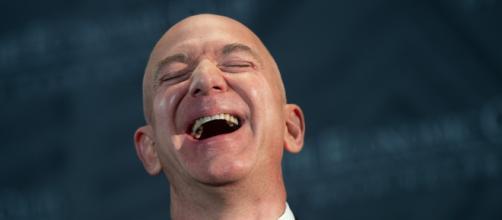 Jeff Bezos se convierte en la persona que más dinero ha ganado en un solo día en la historia