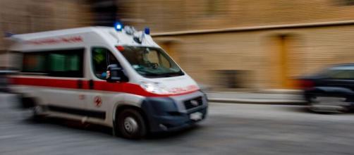 Carpi, Modena: deceduto bimbo di un anno precipitato dal balcone, la madre aveva detto che era caduto dal letto.