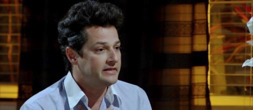 Crô fica milionário no último capítulo de 'Fina Estampa'. (Reprodução/TV Globo)