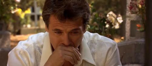 Jerônimo jura vingar morte do irmão em 'Quando Me Apaixono'. (Reprodução/Televisa)