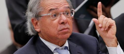 Guedes quer tributação de dividendos no Brasil. (Arquivo Blasting News)