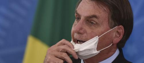 Presidente Bolsonaro é denunciado por genocídio e crime contra a humanidade. (Arquivo Blasting News)
