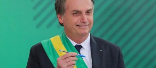 Bolsonaro terá que explicar dossiê realizado pela Seopi. (Arquivo Blasting News)