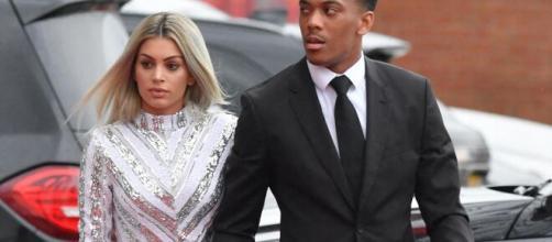 Football: Les salaires incroyables des joueurs en couple avec les stars de la télé-réalité