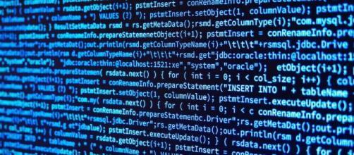 I codici sorgenti di almeno 50 aziende informatiche sono stati pubblicati online da uno sviluppatore svizzero.