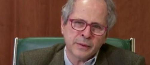 Il virologo Andrea Crisanti dell'Università di Padova.