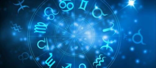 Previsioni zodiacali del 29 luglio: Leone socievole e Scorpione attivo.