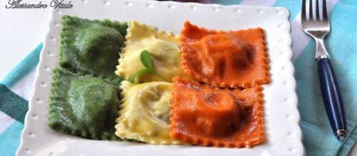 Ravioli tricolore, un must della cucina italiana.