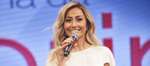 """Sabrina Sato irá assumir o comando de """"Dancing Brasil"""". (Reprodução/Record)"""