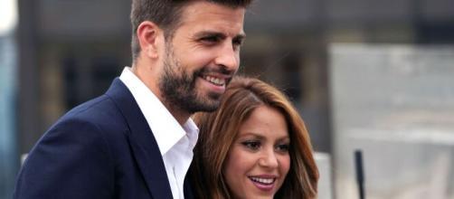 Who Is Shakira's Longtime Boyfriend Gerard Pique? - refinery29.com