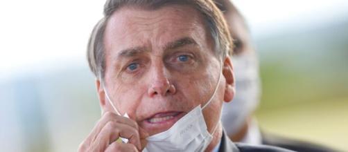 Bolsonaro veta diversos pontos de lei que obriga uso de máscaras. (Arquivo Blasting News)