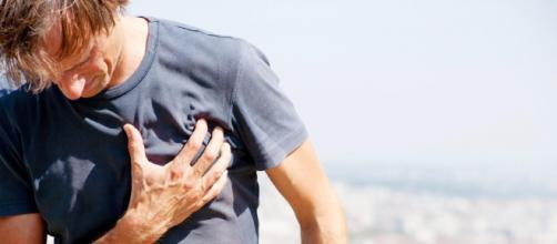 Perceber indicações de infarto é essencial. (Arquivo Blasting News)