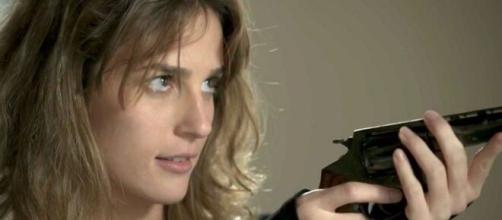 Sofia pedirá a Jacaré para matar a irmã em 'Totalmente Demais'. (Reprodução/TV Globo)