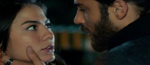 Daydreamer, trame turche: Emre interrompe un momento romantico tra suo fratello e Sanem.