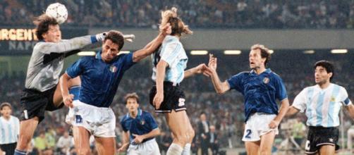Il gol di Caniggia contro l'Italia ai Mondiali del 1990.