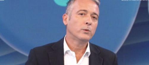Selvaggia Lucarelli critica Pierluigi Diaco.
