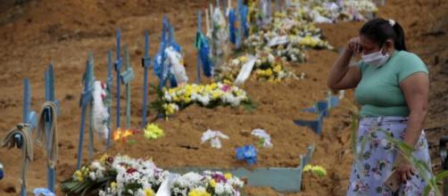 Brasil registra mais 64 mil mortes. (Arquivo Blasting News)