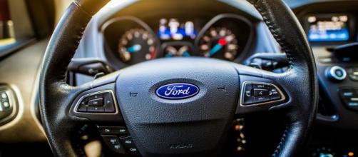 Ford Approved: il mercato delle auto usate diventa certificato con 75 controlli accurati.