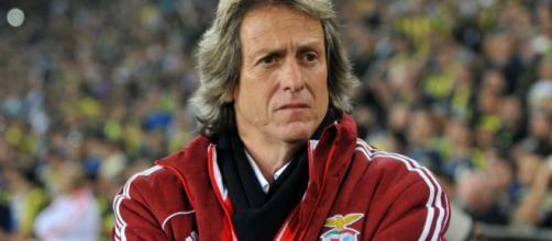 Jorge Jesus teria ficado balançado com convite do Benfica, aponta A Bola. (Arquivo Blasting News)