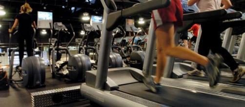 Na quarentena muita gente exagerou e comeu demais, e as influenciadoras fitness dão dicas diariamente em suas redes sociais. (Blasting News)