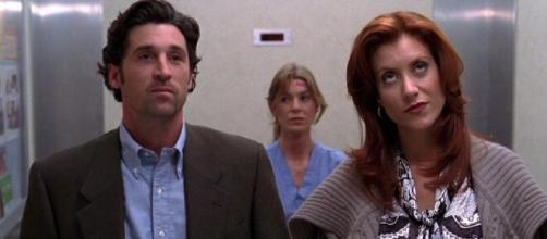 Nella seconda stagione di Grey's Anatomy, Meredith e Derek si separano ma il neurochirurgo non rinuncia alla specializzanda.