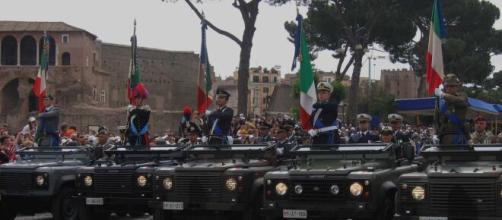 Procedura straordinaria per l'arruolamento di 70 ufficiali medici nella Marina, nell'Aeronautica e nell'Arma dei Carabinieri.