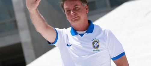 Bolsonaro testa positivo para coronavírus. (Arquivo Blasting News)