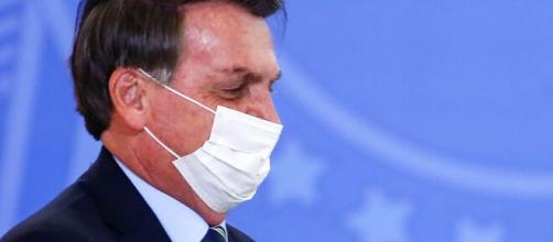 Coronavirus, Bolsonaro ha i sintomi della malattia mentre il Brasile è in ginocchio.
