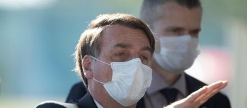 Bolsonaro ha i sintomi della Covid-19.