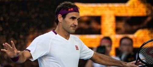 Roger Federer reduce dal secondo intervento al ginocchio: rientrerà nel 2021.