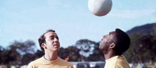 Tostao e Pelé in allenamento con la nazionale brasiliana.