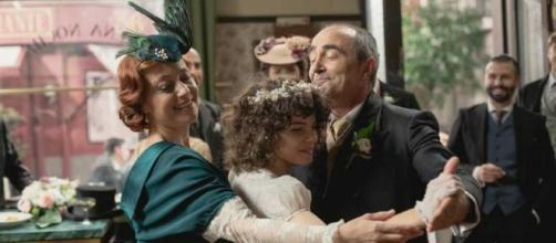 Una vita, spoiler spagnoli: Carmen e Ramon si sposano alla presenza di Milagros.