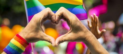 Valencia pide a los jugadores de fútbol que admitan su homosexualidad