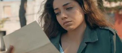 Come Sorelle, anticipazioni 2^ puntata: Azra apprende del rapimento di Cilem.