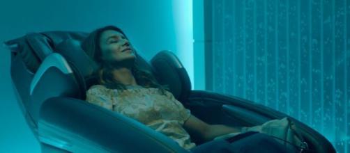 Dira Paes foi protagonista no filme 'Divino Amor'. (Reprodução/YouTube)