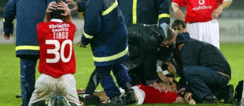 Miklós Fehér morreu enquanto atuava pelo Benfica. (Arquivo Blasting News)