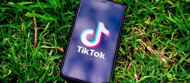 The United States considers banning Chinese apps including TikTok, Pompeo says